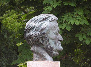 Wagner's Women